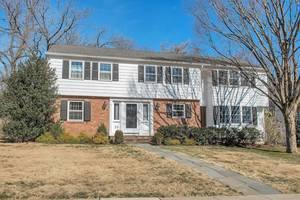 35 Plymouth Road, Summit, NJ: $1,195,000