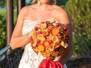 Carousel_image_a910ee6bd999e040a475_pizza-bouquet1