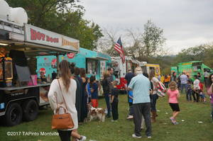 Carousel_image_aea0c05a9951b3eced24_a_food_truck_choices__2017_tapinto_montville