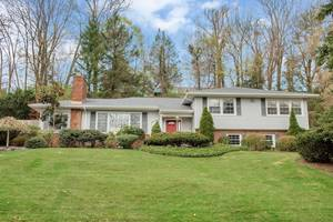 35 Sheffield Road, Summit, NJ:$809,000