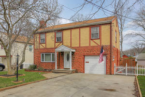 Great Colonial in Cranford