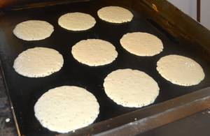 Carousel_image_b11f74b0eebaf44d2214_pancakes_on_the_grill