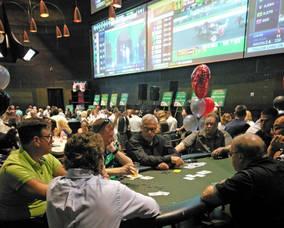 Carousel image b181efc9dcd00cbd3ef1 casino poker victory