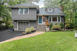 111 W End Ave, Summit NJ: $839,000