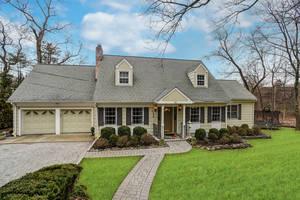 40 Sheffield Road, Summit,NJ: $910,000
