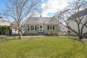 52 Glenside Ave, Summit NJ: $475,000