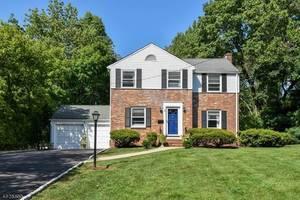 5 Mt. Vernon Ave, Summit NJ: $675,000