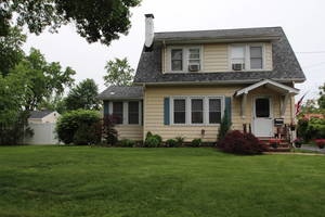 221 Fairview Avenue, Middlesex, NJ