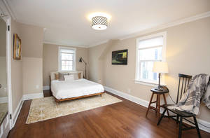 8_MeadowbrookCt_bedroom-4_web.jpg