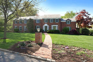 78 Edgewood Road, Summit, NJ: $1,595,000
