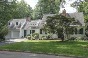 72 Blackburn Pl, Summit NJ: $1,175,000