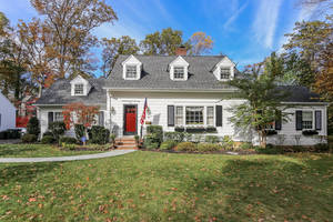 1 Crestwood Lane, Summit NJ: $1,570,000