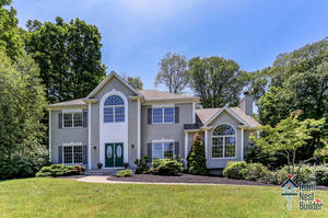UNDER CONTRACT: 4BR Sparta Mountain Center Hall Colonial