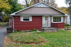 Rental - 11 Old Wood Road, Morris Plains