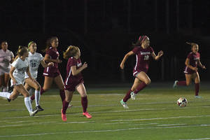 Carousel_image_bd2168ce47cac0bc7687_1018_g_soccer_montville_a__59_