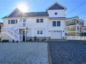 $509,000 3 Joan Drive Manahawkin, NJ 08050