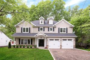 39 Melrose Drive, Livingston, NJ: $999,000