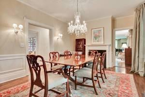 11 - Dining Room (1 of 2).jpg