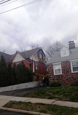 Carousel image bf9b7769b04cbbee91db hh house fire on roosevelt april 10 2018