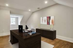 20 - Master Suite Office.jpg