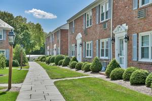 66 New England Avenue, Unit 19, Summit, NJ: $399,000