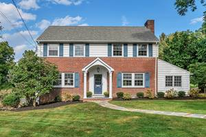 180 Canoe Brook Parkway, Summit, NJ:$925,000
