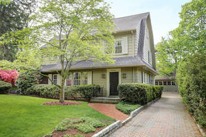 140 Beekman Road, Summit NJ: $895,000