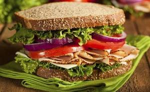 Carousel_image_c6552e2f880797768472_brown-bag-lunch-idea