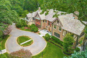 200 Hobart Avenue, Summit, NJ:$3,595,000