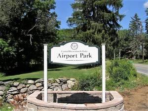 Carousel_image_c6c9a1669fcedfd5f8e7_airport_park__002_