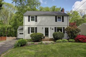 137 Passaic Avenue, Summit NJ: $648,000