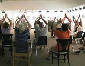 Carousel_image_cafcdfe813fbcc24db5c_senior_chair_exercise