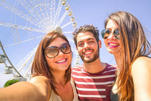 Carousel image cb125fa52edc14853db3 bigstock vacation best friends 118614947