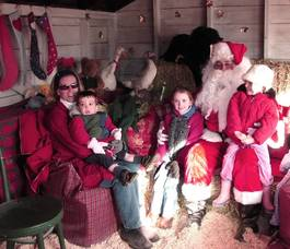 Santa and Mrs. Claus will be at the farm!