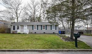 $214,900 124 Albatross Avenue Manahawkin