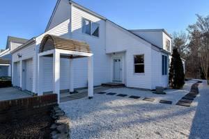 $249,900 96 Longwood Drive Manahawkin, NJ 08050