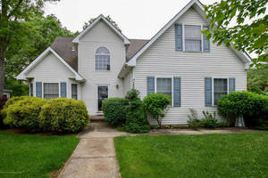 $279,900 160 Reel Avenue Stafford Township