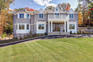 46 Westmount Drive, Livingston, NJ:  $1,898,000