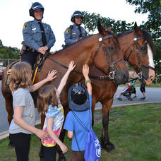Carousel_image_d80b5bb9f692355e7115_morris_county_park_police_s_award-winning_mounted_equestrian_unit____crop___1.