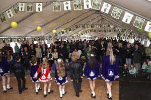 Carousel_image_d8f04d8fbb0c0c6939e5_irish_festival_2017_dancers_on_stage