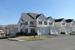 Hickory Hill Townhouses in Totowa, New Jersey