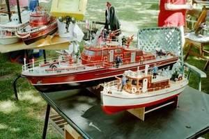 Carousel_image_da2b60b1bb7ba602ac1a_model_boat