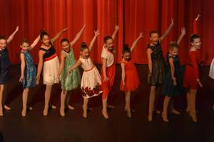 Carousel_image_da89db1f290c1900bb02_dance_innovations
