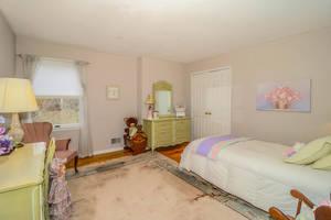 Fifth Bedroom 2.jpg