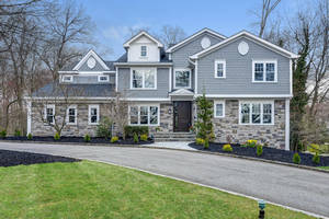 5 Stratford Drive, Livingston, NJ:  $1,698,000