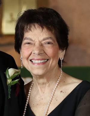 Elaine DeVito