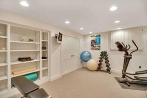 19 - Exercise Room.jpg