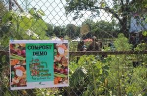 Carousel_image_e22a61b468596a4add4c_greener_bloomfield_compost_2017_a