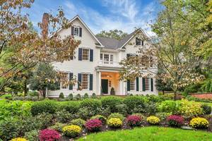 65 Fernwood Road, Summit, NJ: $2,850,000