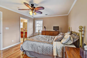 10 Harvey Court Clark NJ 07066-large-015-21-Bedroom-1499x1000-72dpi.jpg